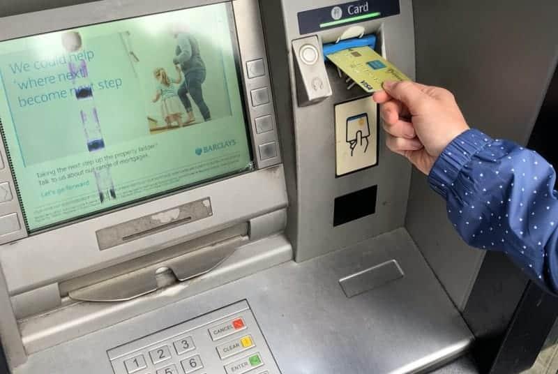 retirer argent sans frais à l'étranger